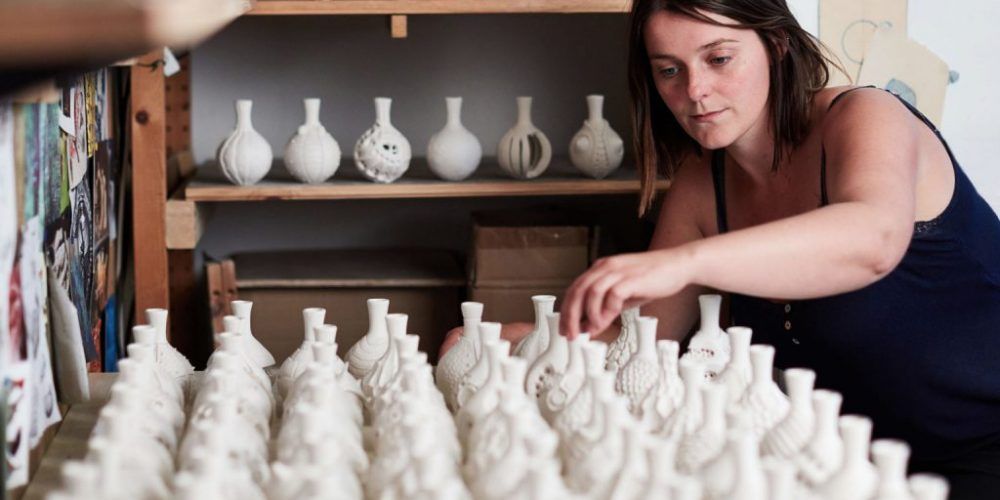 Esta ceramista se propuso crear 100 vasijas diferentes durante 100 días y el resultado es increíble