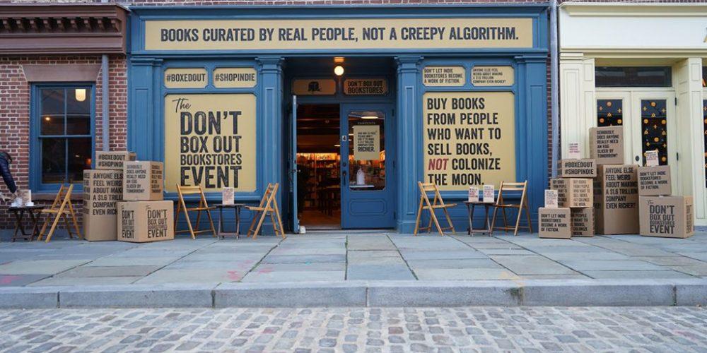 Las librerías independientes de Estados Unidos plantan cara a Amazon con una campaña en sus escaparates