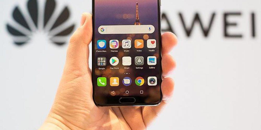 Huawei no podrá preinstalar las aplicaciones de Facebook
