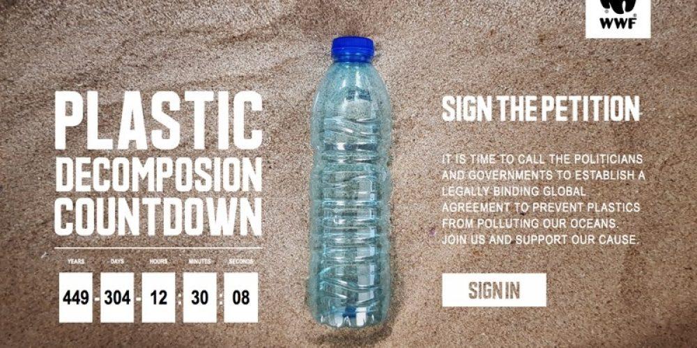 WWF ha empezado el streaming más largo del mundo: 450 años para mostrar la descomposición de una botella de plástico