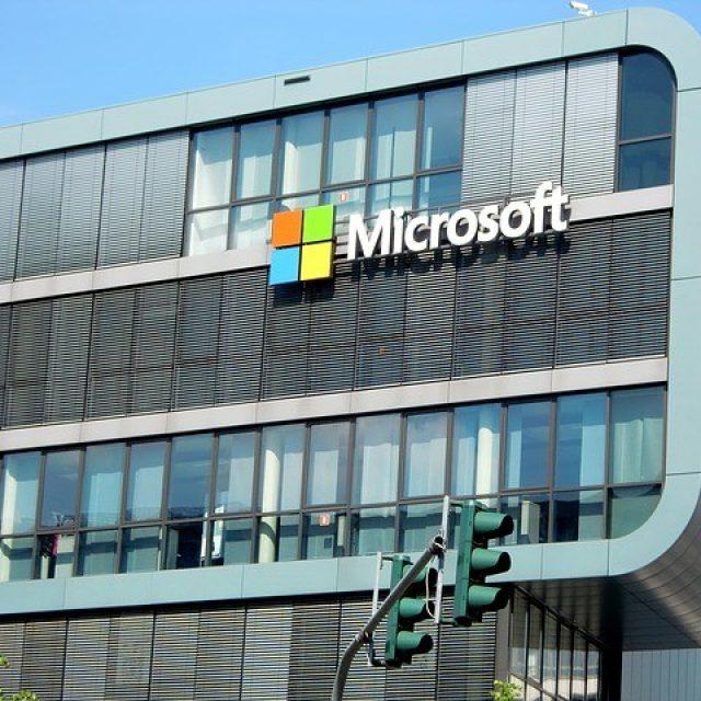Microsoft no reabrirá sus oficinas hasta enero de 2021