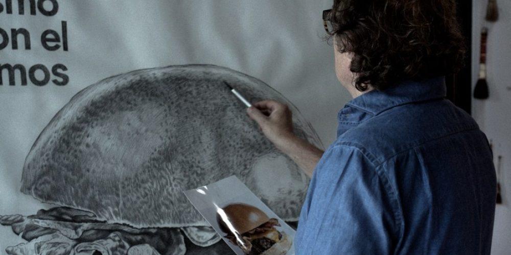 Esta hamburguesería ha creado este anuncio usando el mismo carbón con el que cocinan sus hamburguesas