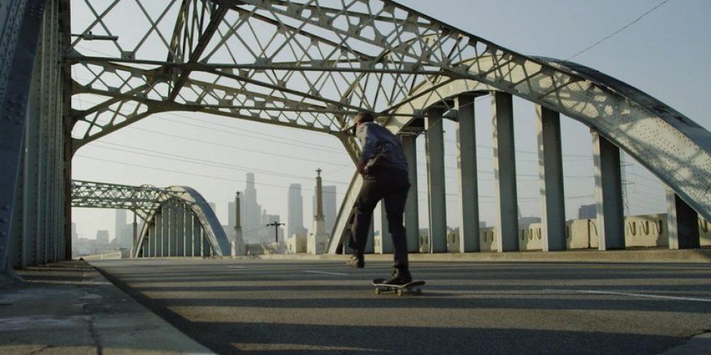 Este corto imagina cómo sería patinar por Los Ángeles durante una pandemia global