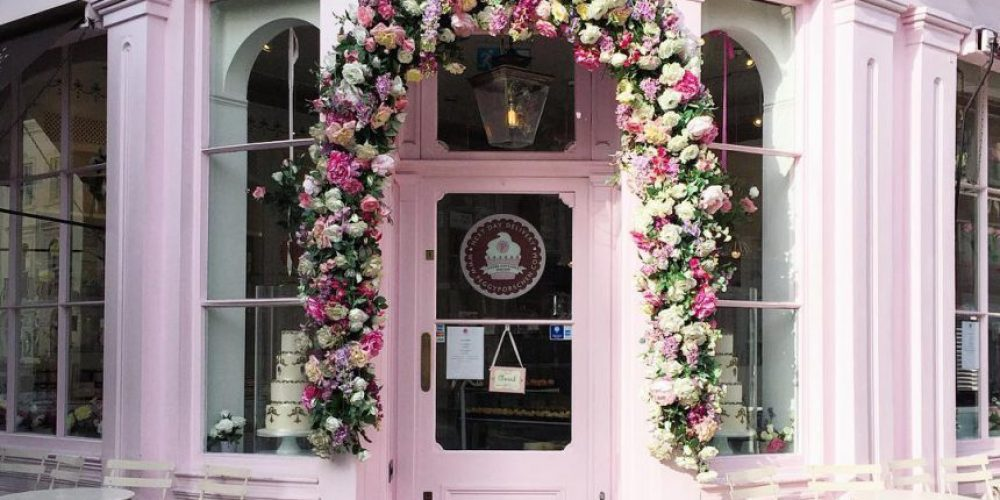 Este perfil de Instagram recopila las puertas más bonitas y coloridas de Londres